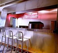 開放舒適的辦公環境,專人現做免費早餐!